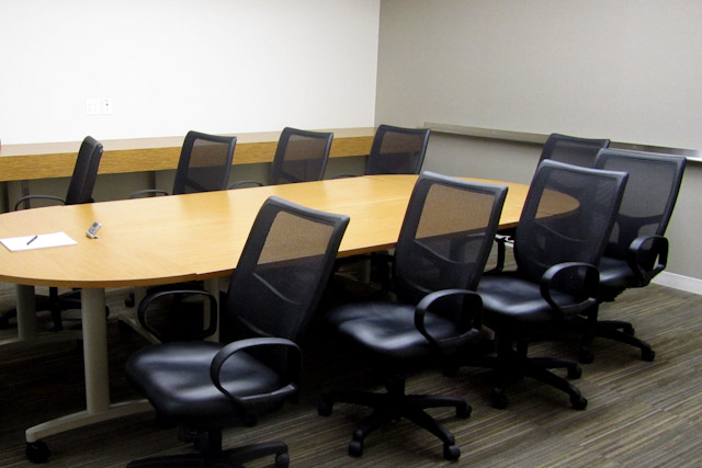 Conference_Room_4b.jpg