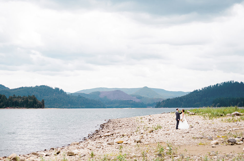 Jenni_Kupelian_Oregon_Outdoor_Summer_Wedding_Photographer.jpg