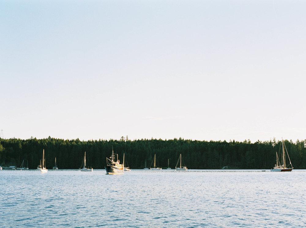 JENNI_KUPELIAN_lifestyle_fishing-30.jpg