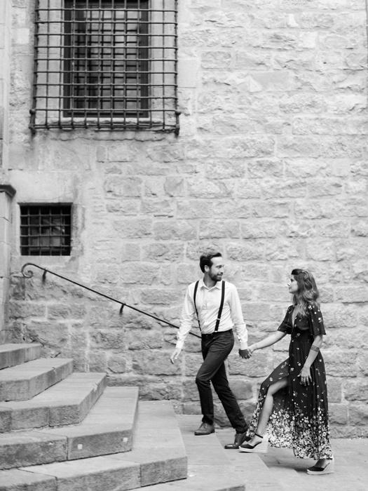 gothic-quarter-barcelona-engagement-wedding-photographers-camilla-cosme-photography_0006.jpg