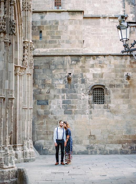 gothic-quarter-barcelona-engagement-wedding-photographers-camilla-cosme-photography_0017.jpg