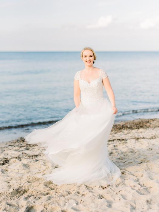 intimate-wedding-baltic-sea-wedding-photographers-35.jpg