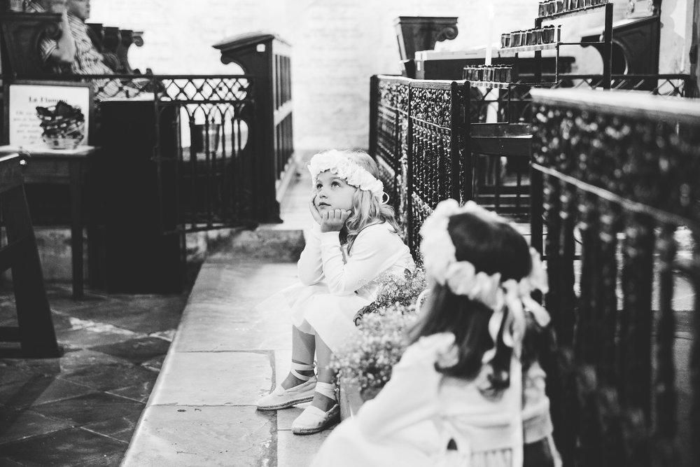 mariage pays basque arcangues fun messe fleurs.jpg
