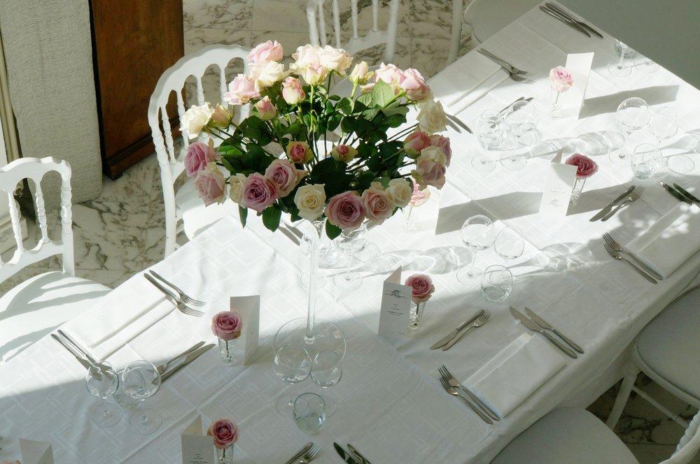 mariage basque fun chic fleurs saison couleur rose dior rose poudrée 2.JPG