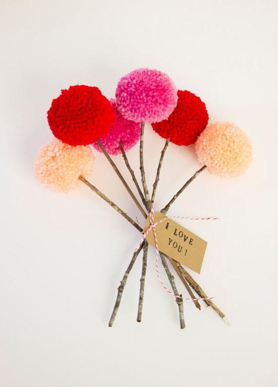 bouquet pompom fun mariage tendance couleur basque