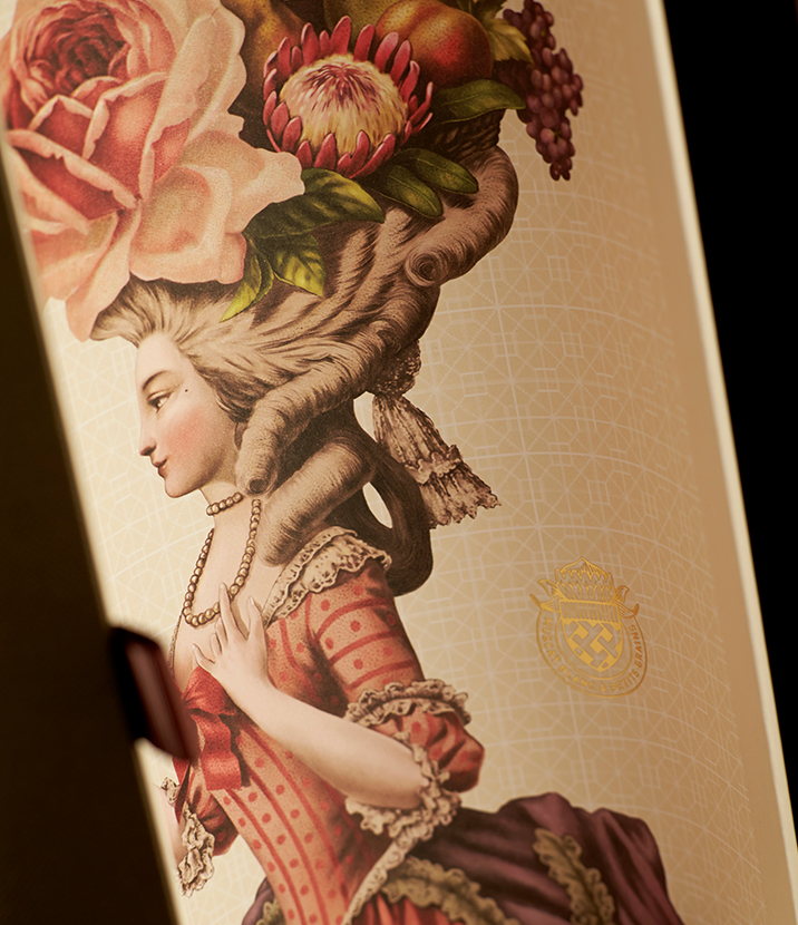 Le Marais wine box design
