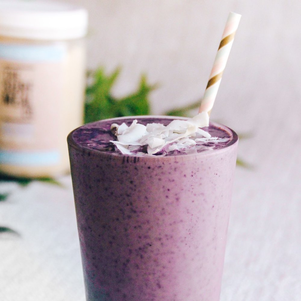 Blueberry Vanilla Vegan Protein Smoothie-2.jpg