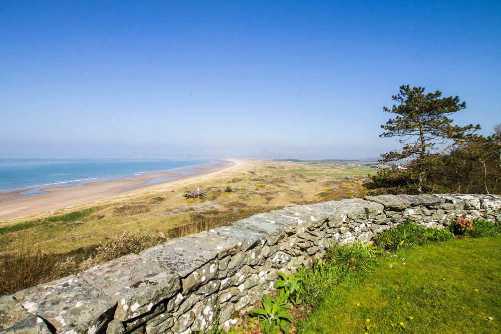Take a trip to Harlech Beach, the perfect day out with the kids