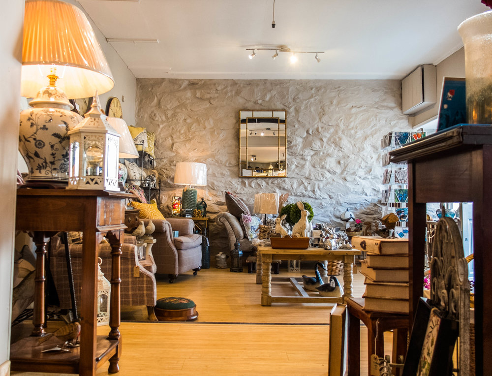 Plan your shopping in Harlech, at the heart of Snowdonia