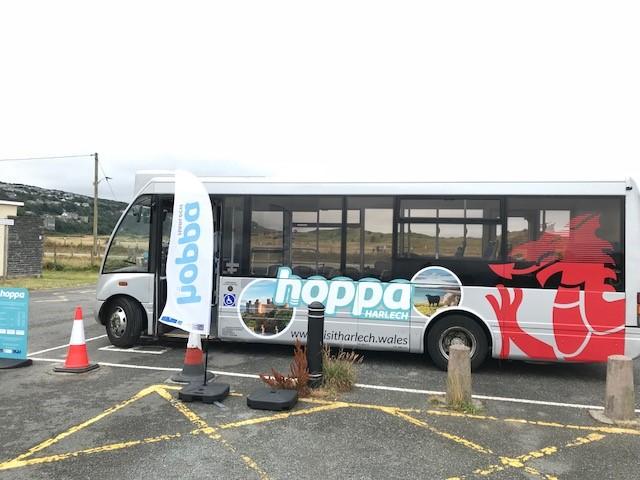 Hoppa Harlech Bus - Beach Car Park.jpg