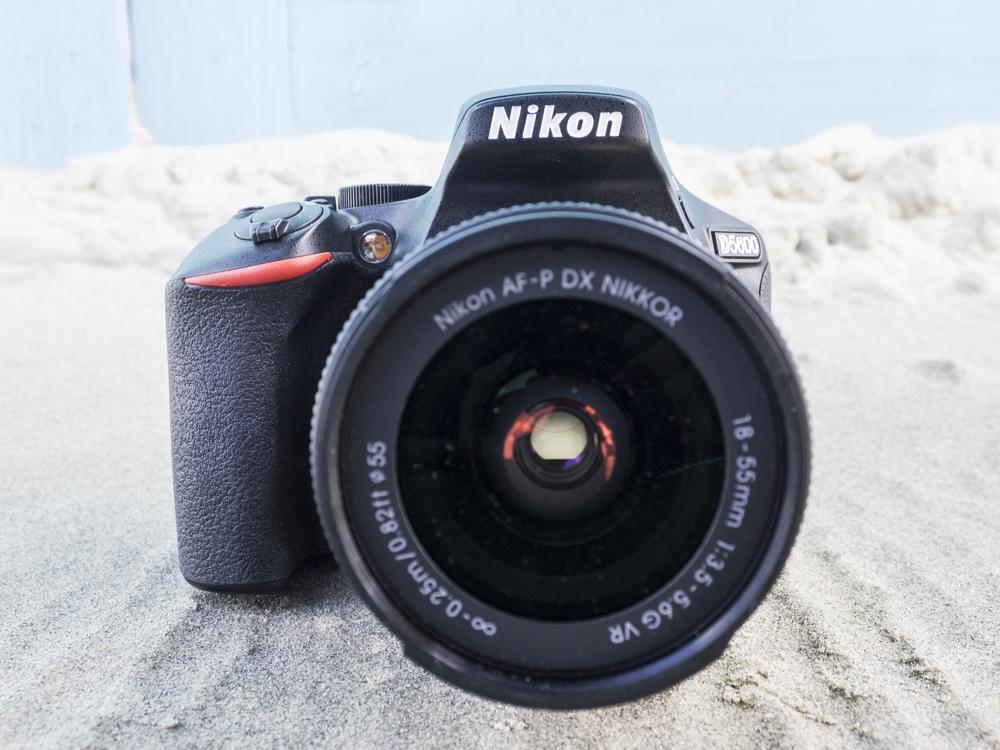 nikon d5600 product images web 03.jpg