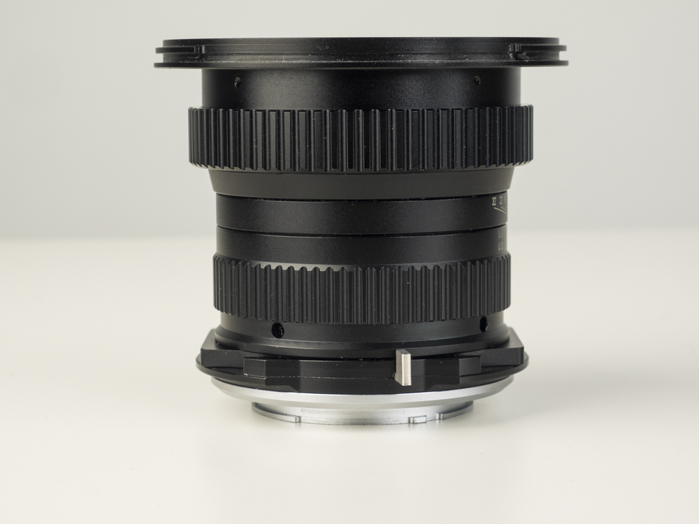 laowa 15mm f4 TS lens product shots web 03.jpg