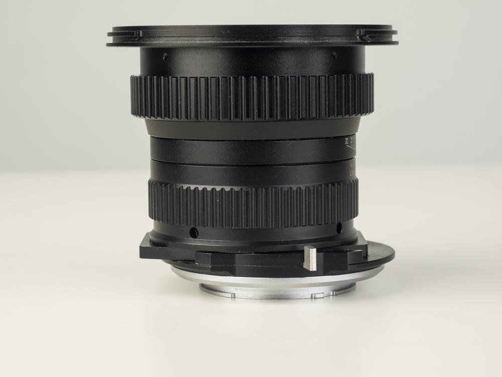 laowa 15mm f4 TS lens product shots web 04.jpg