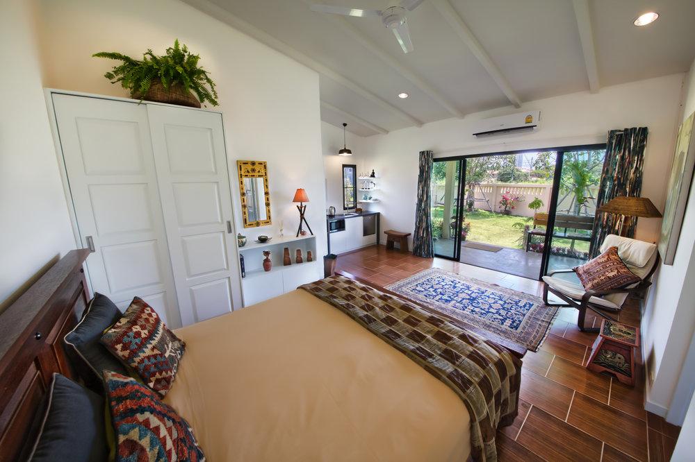 Bedroom garden 1.jpg