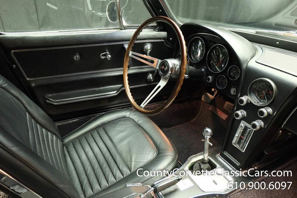 1967-Corvette-Coupe-for-sale-68.jpg