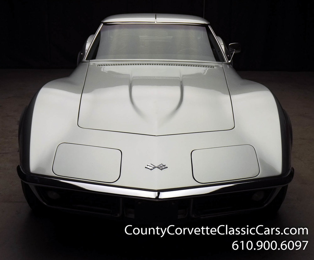 1969-Corvette-Coupe-350-Cortez-Silver-for-sale-5.jpg