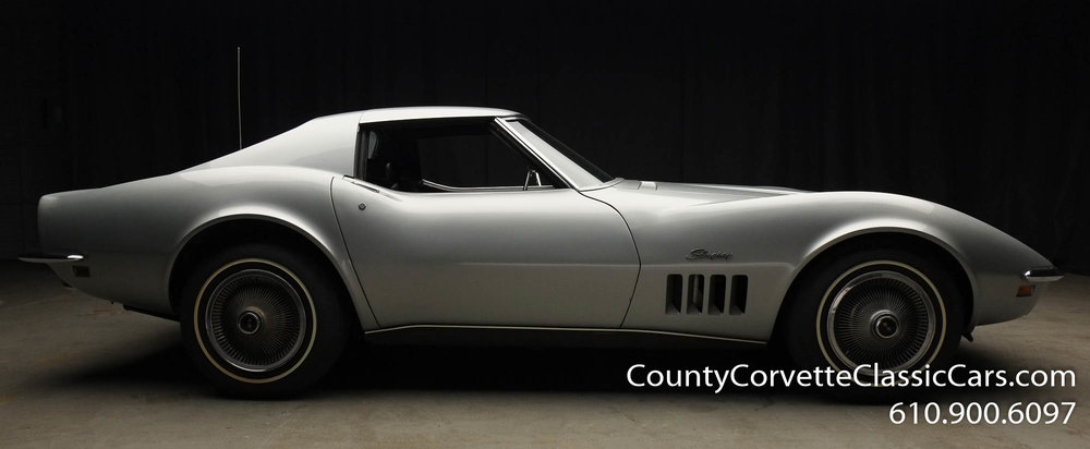 1969-Corvette-Coupe-350-Cortez-Silver-for-sale-15.jpg
