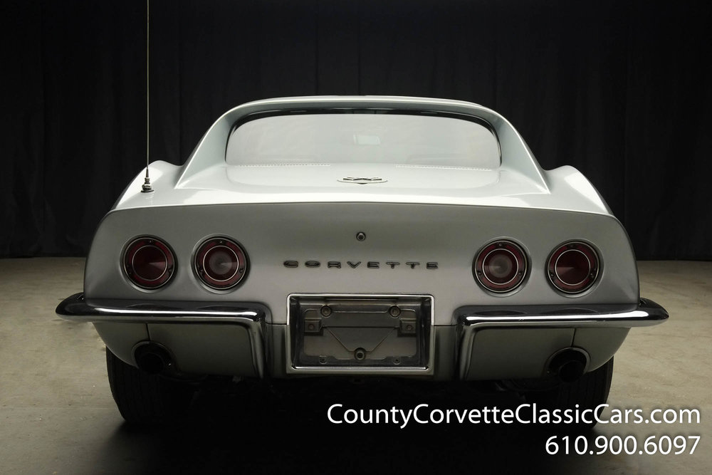 1969-Corvette-Coupe-350-Cortez-Silver-for-sale-17.jpg