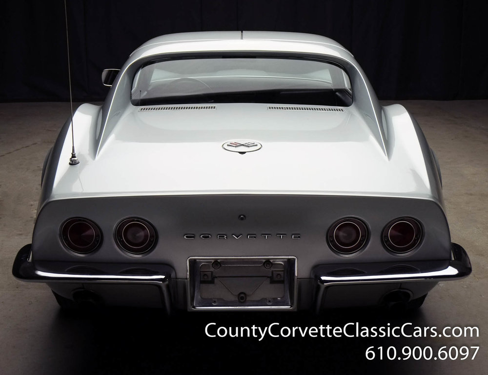 1969-Corvette-Coupe-350-Cortez-Silver-for-sale-18.jpg