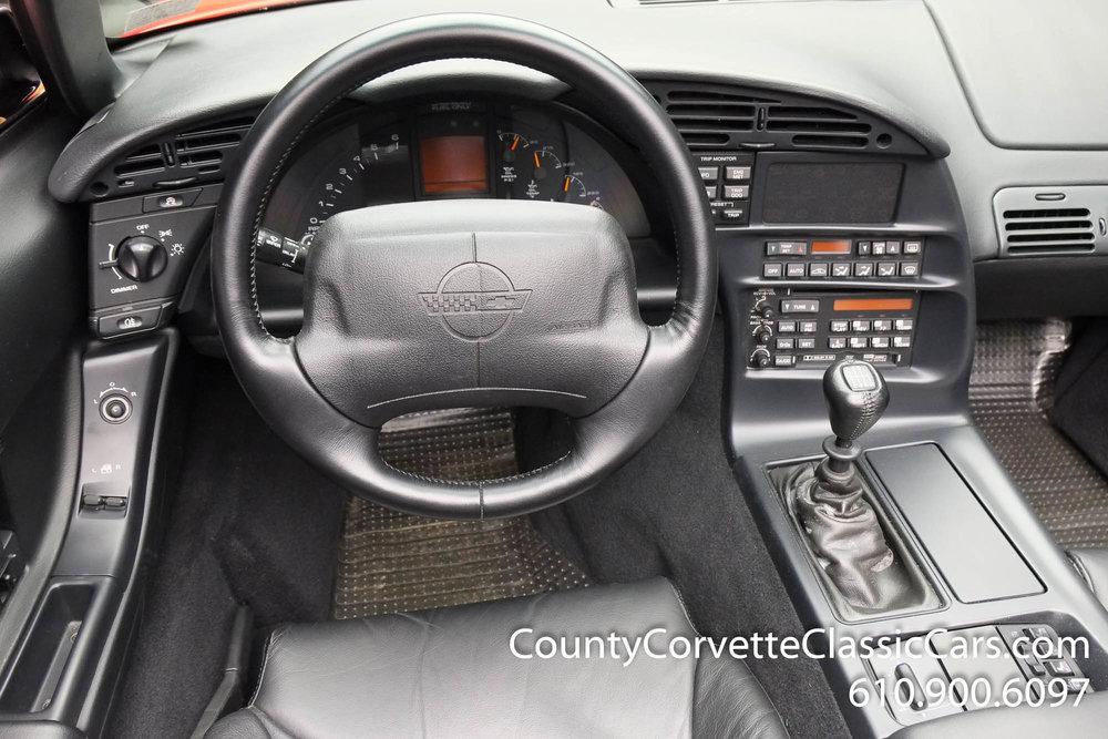 1994-Corvette-Convertible-for-sale-28.jpg