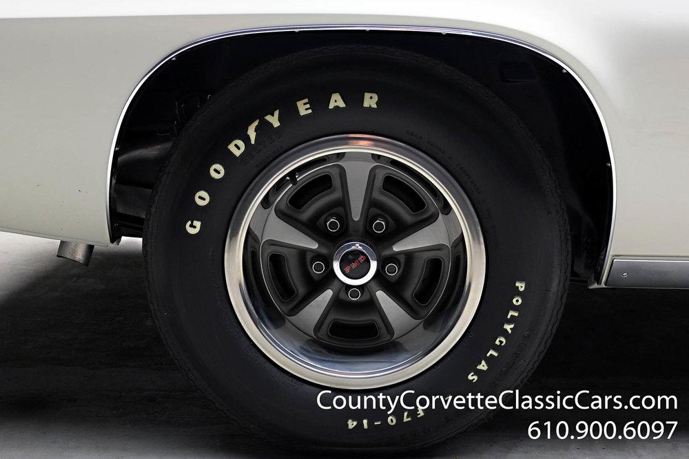 1969-Pontiac-Trans-Am-for-sale-34.jpg
