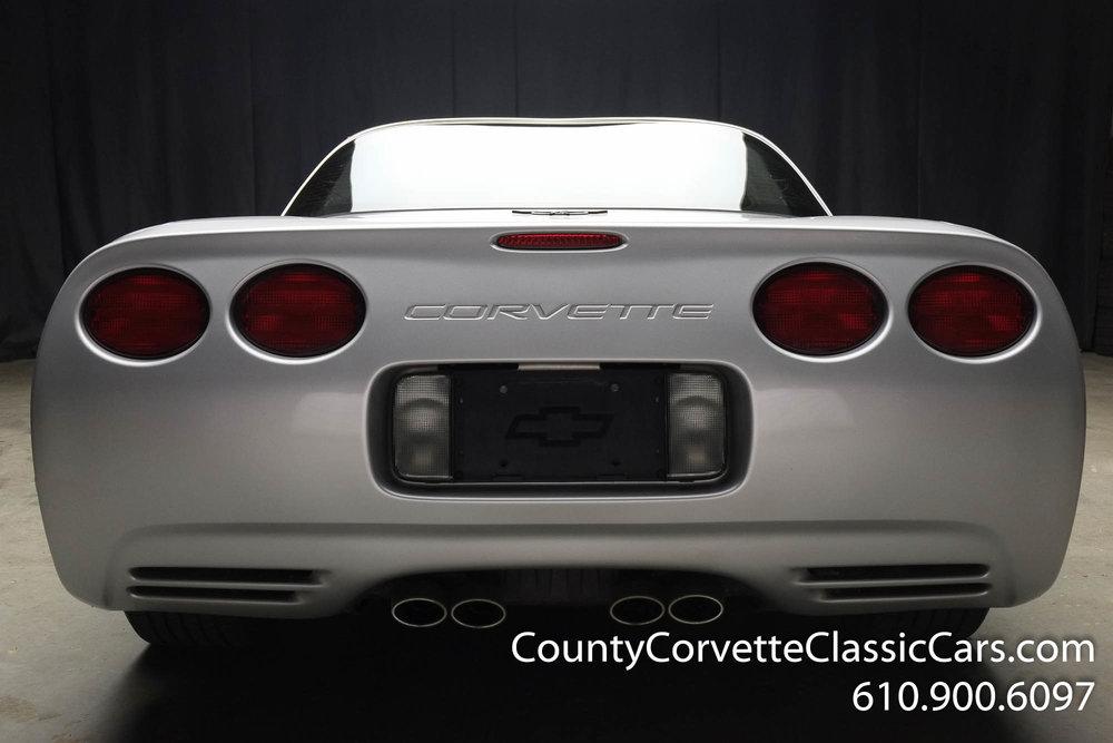 2002-Corvette-Coupe-28.jpg