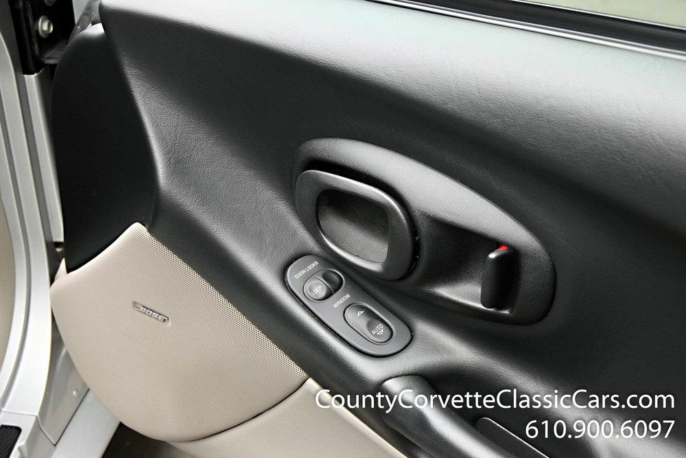 2002-Corvette-Coupe-22.jpg