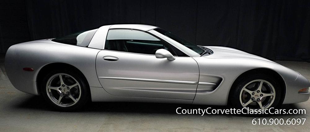 2002-Corvette-Coupe-26.jpg