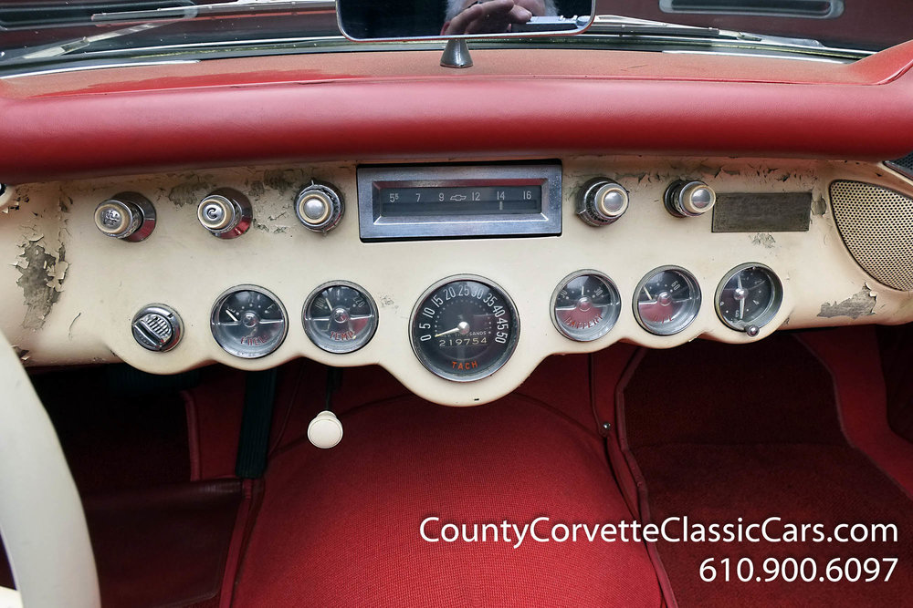 1953-Corvette-Convertible-29.jpg