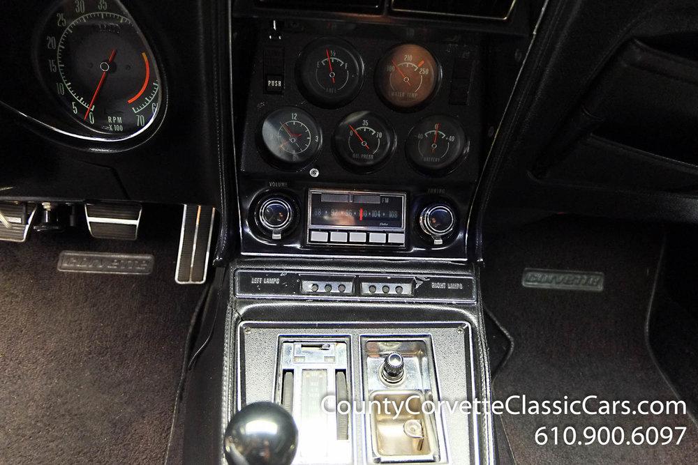 1970-Corvette-Convertible-10.jpg