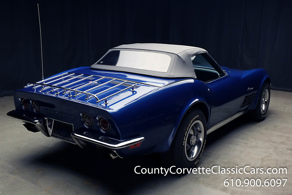1970-Corvette-Convertible-21.jpg