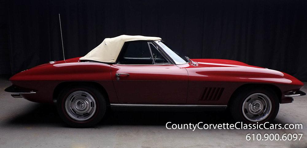 1967-Corvette-Convertible-Maroon (13 of 45).jpg