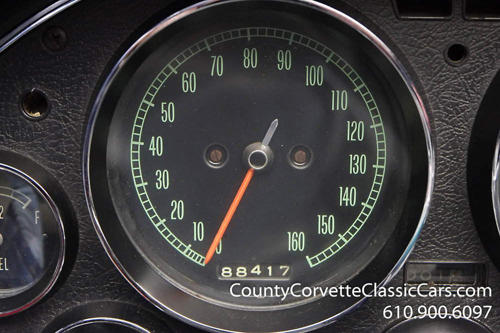 1967-Corvette-Convertible-Maroon (32 of 45).jpg