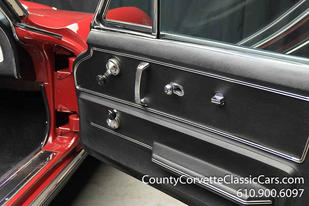 1967-Corvette-Convertible-Maroon (23 of 45).jpg