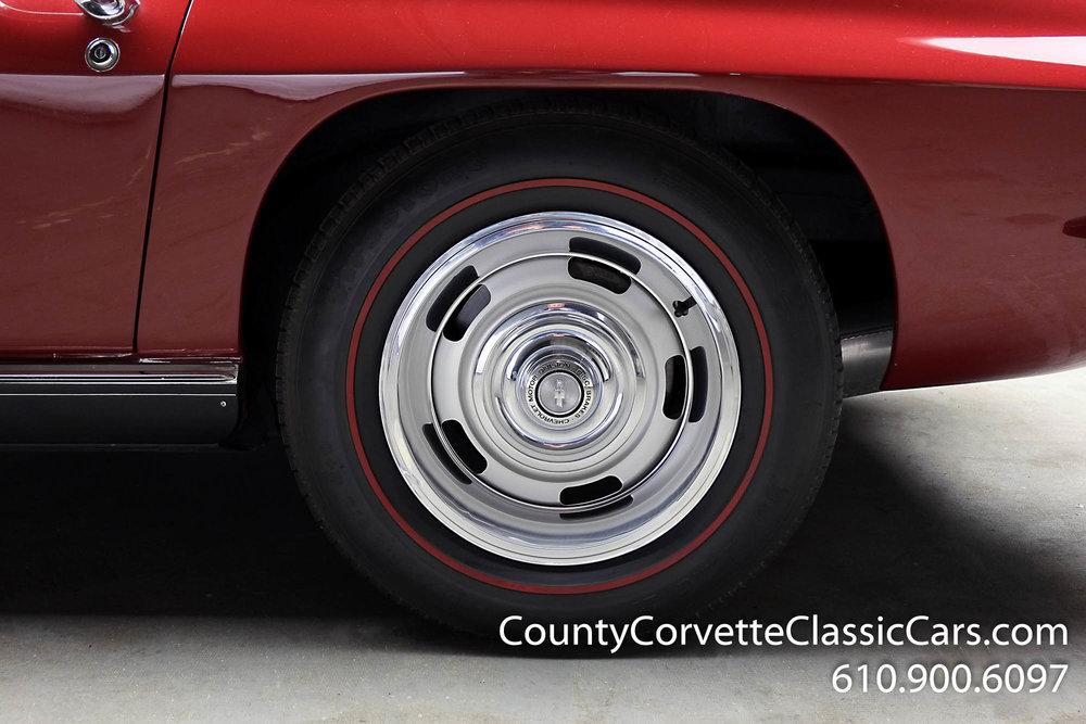 1967-Corvette-Convertible-Maroon (9 of 45).jpg