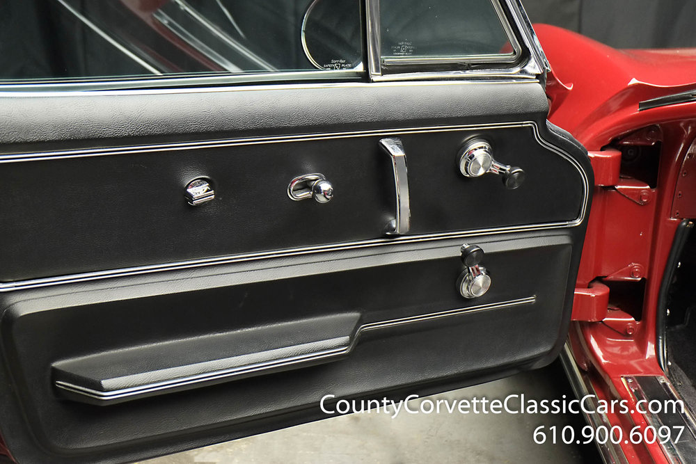 1967-Corvette-Convertible-Maroon (24 of 45).jpg