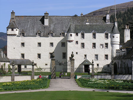 traquair-450.jpg