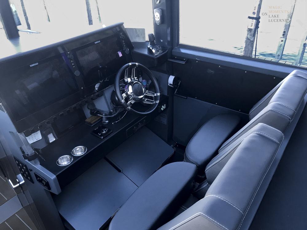 ONYX Cockpit.png