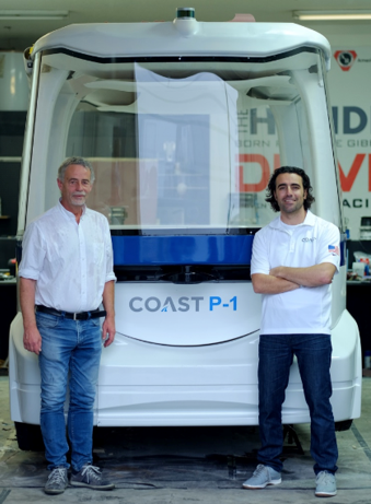 Dario Franchitti with Coast Autonomous CTO Pierre Lefevre and the Coast P-1 Shuttle.