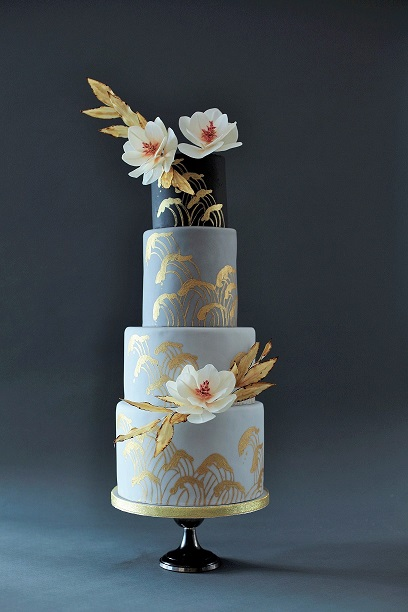 Resized Wedding cake by victoria made.jpg