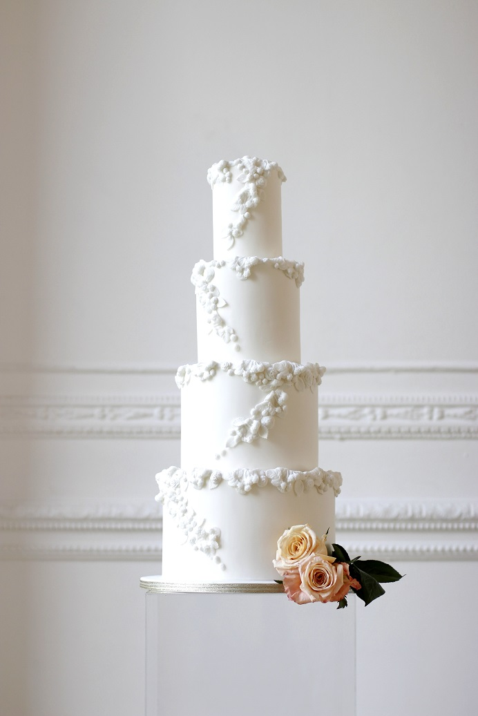 victoria made white wedding cake - Copy.JPG