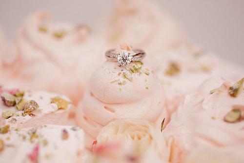 S1 Victoria Made wedding cake - Copy.jpg