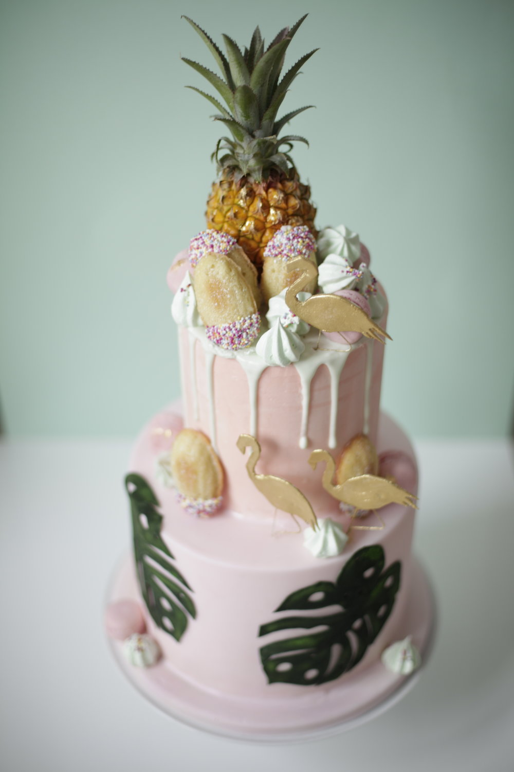 Wedding Cakes - Pineapple Wedding Cake