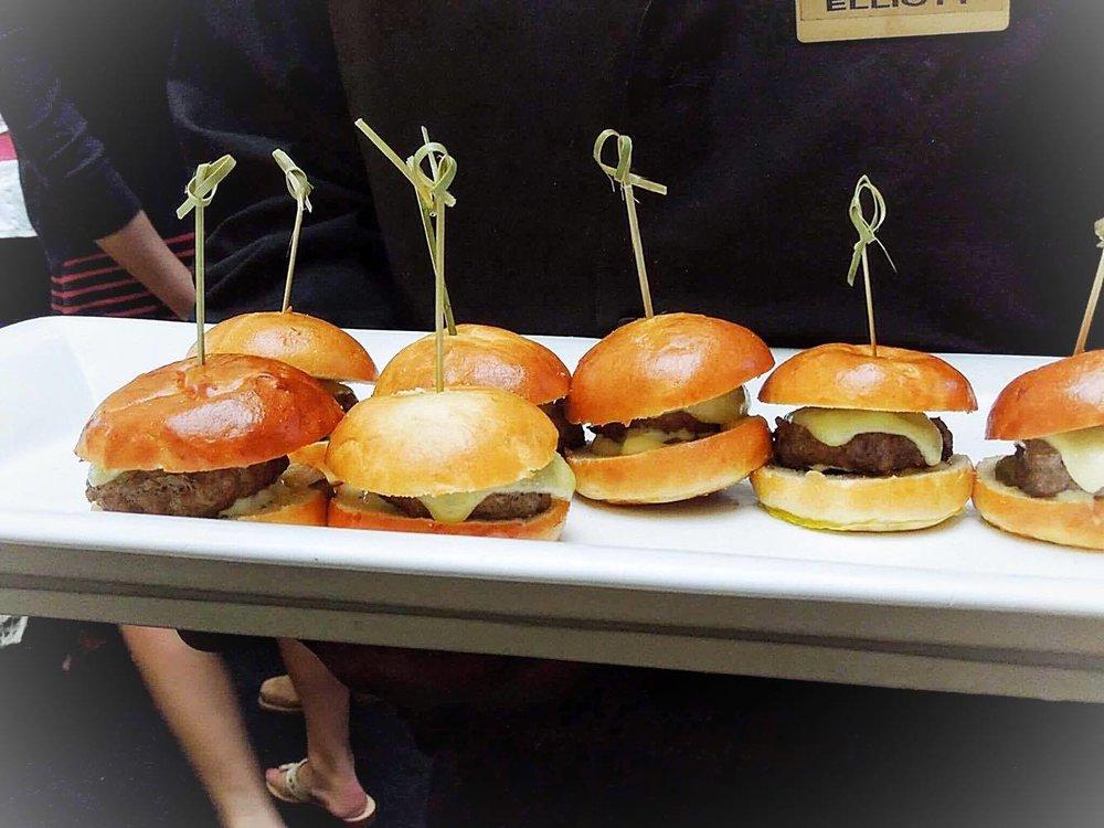 tasty tailgate bite size burgers!