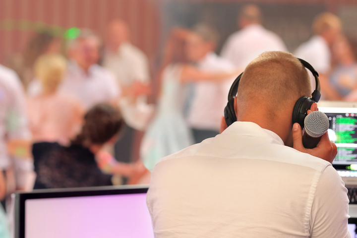 The_Wedding_Show_DJ_and_MC-9.jpg