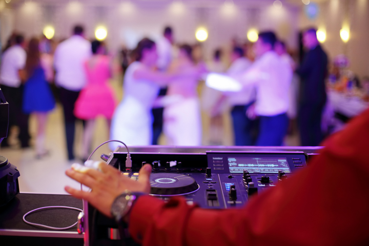 The_Wedding_Show_DJ_and_MC-11.jpg