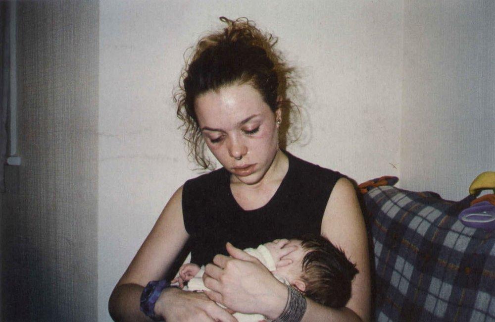 01-TarawithMiaathome_StokeNewington1998.jpg