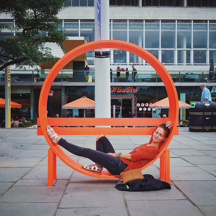 creative-public-benches-012-57e925986497b__700.jpg