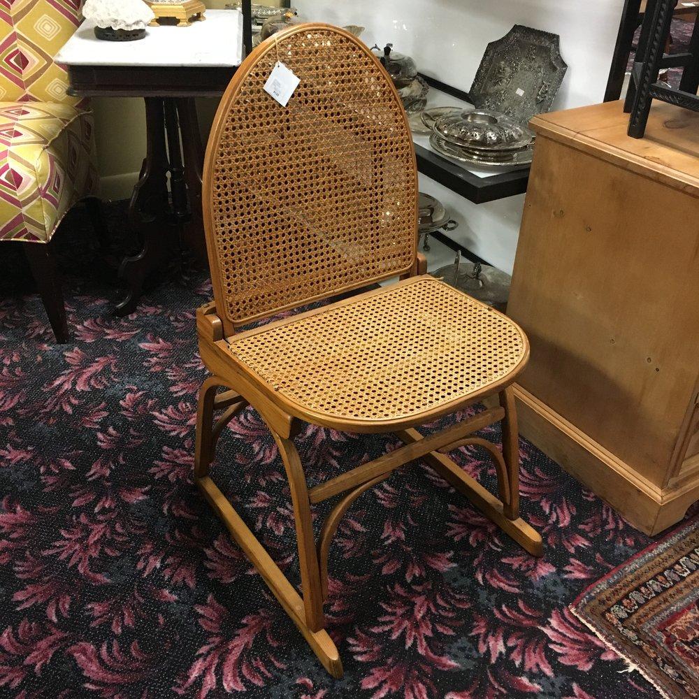 VT Tubbs Snowshoe Chair