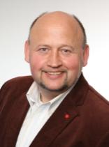 Martin Zeuch   Ansprechpartner für Immobilien und Veranstaltungs-räumlichkeiten  Telefon  +49 175 2452449    E-Mail
